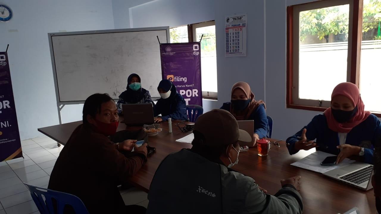 Pajak Pratama Purworejo Fasilitasi Pelaporan SPT Pajak Tahunan Di Dinas KUKMP