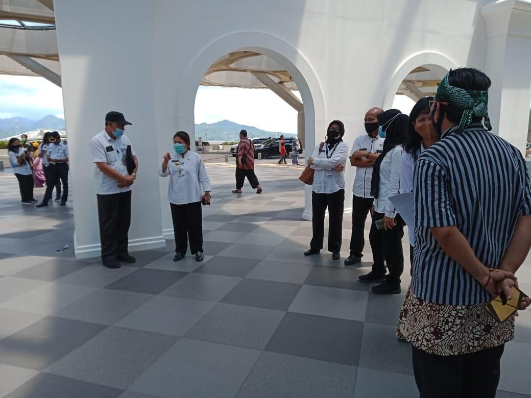 Kunjungan Pjs Bupati Purworejo ke Galery UKM Jateng di Bandara YIA