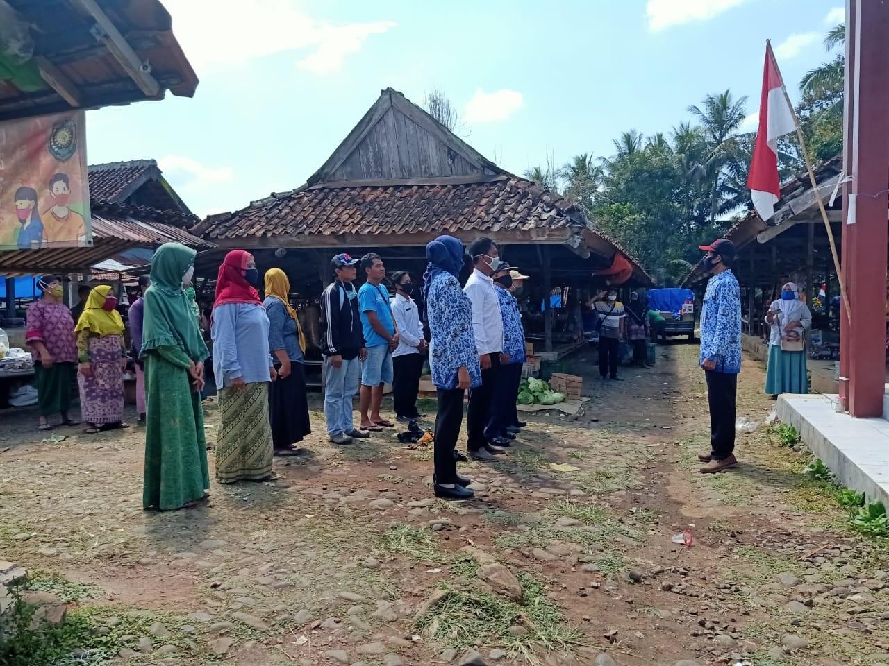 Memperingati_HUT_RI_di_Pasar_Winong.jpg