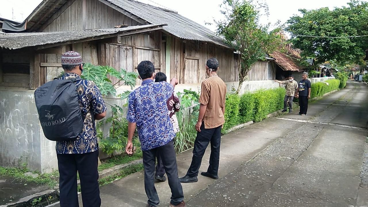 Pendataan_aset_di_Pasar_Wirotaman.jpg