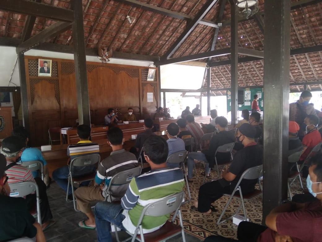 Pertemuan_penataan_PKL.jpg
