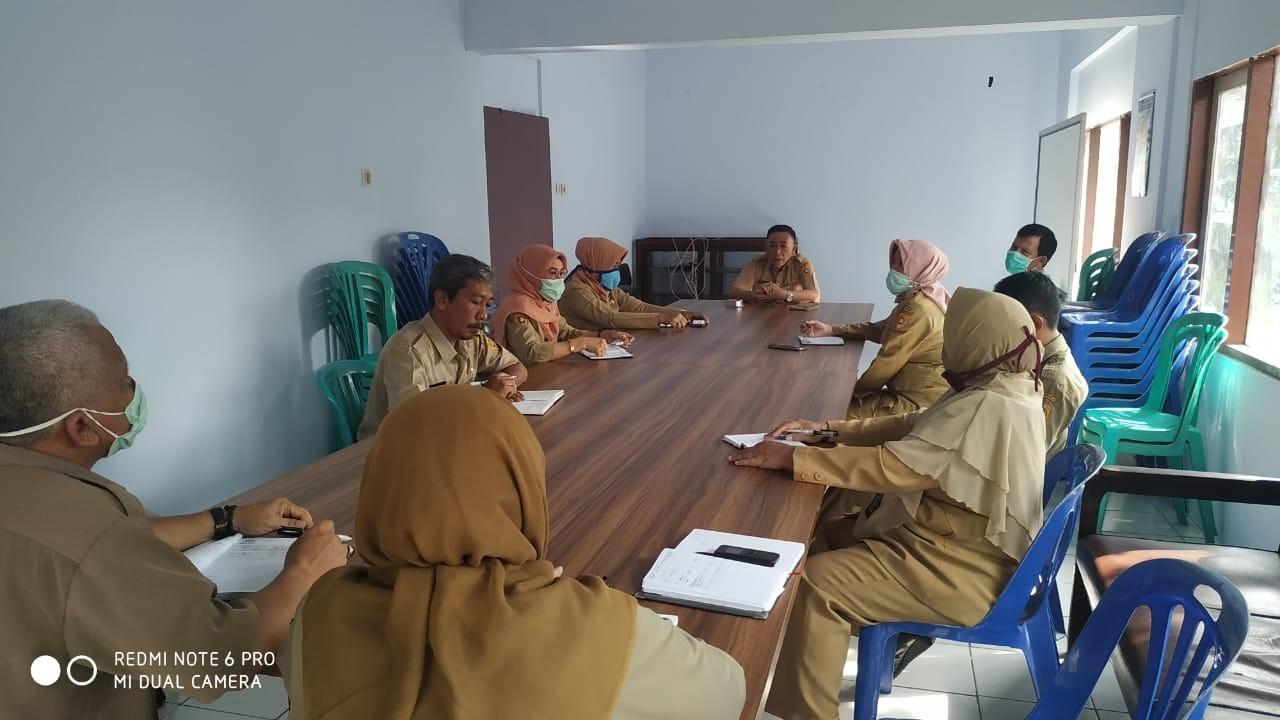 Rapat Struktural Dinas KUKMP Dalam Upaya Pencegahan Penyebaran Virus Covid-19